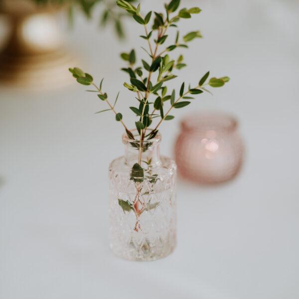 szklane wazoniki kryształowe