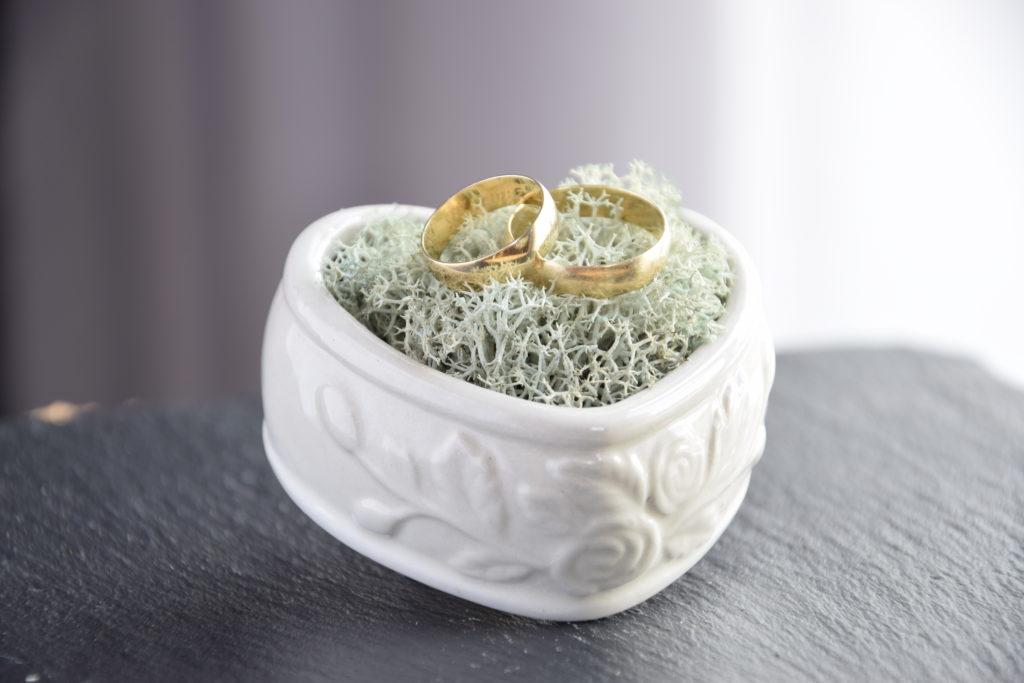 pudełko na obrączki, szkatułka na obrączki, obrączki, ślub, ceremonia