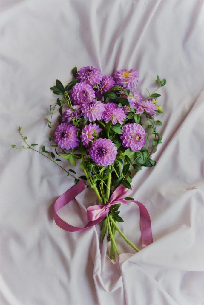 kwiaty na ślub, bukiet ślubny, dekoracja kwiatowa
