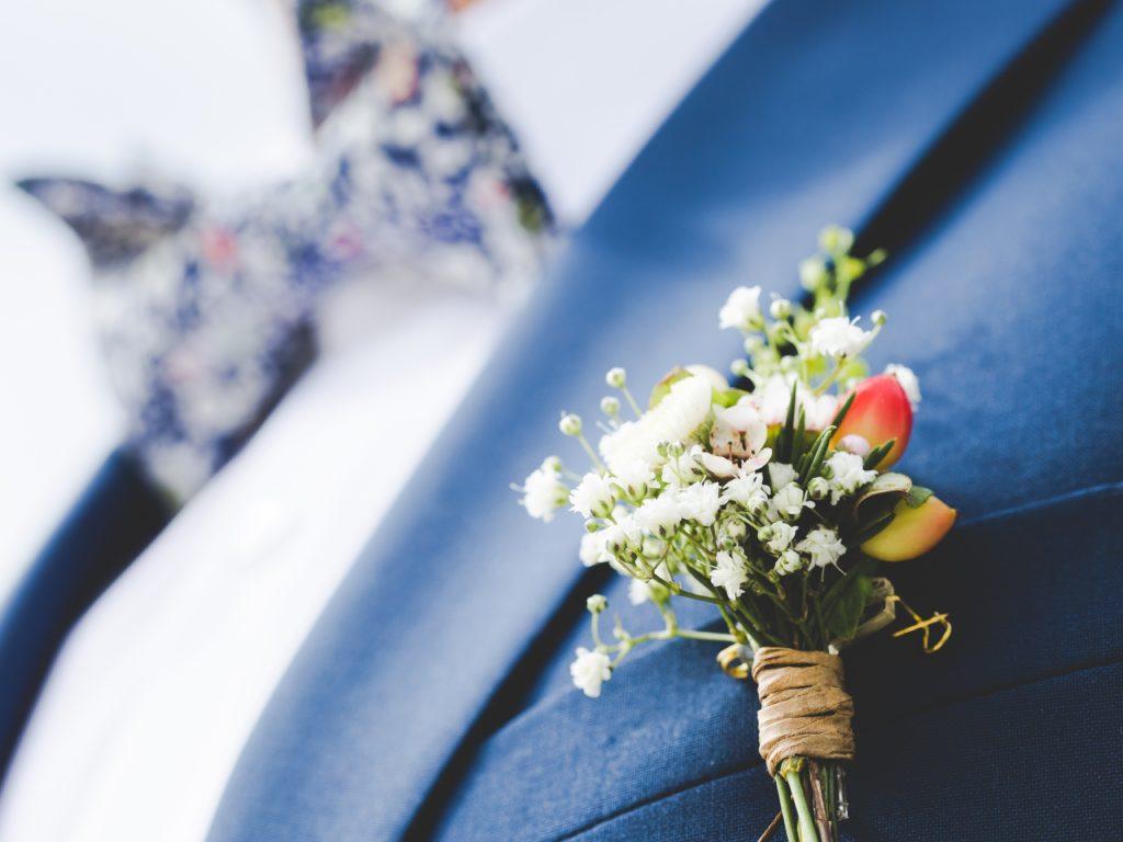 dekoracja z gipsówki, kwiaty na ślub, dekoracje weselne, oprawa florystyczna