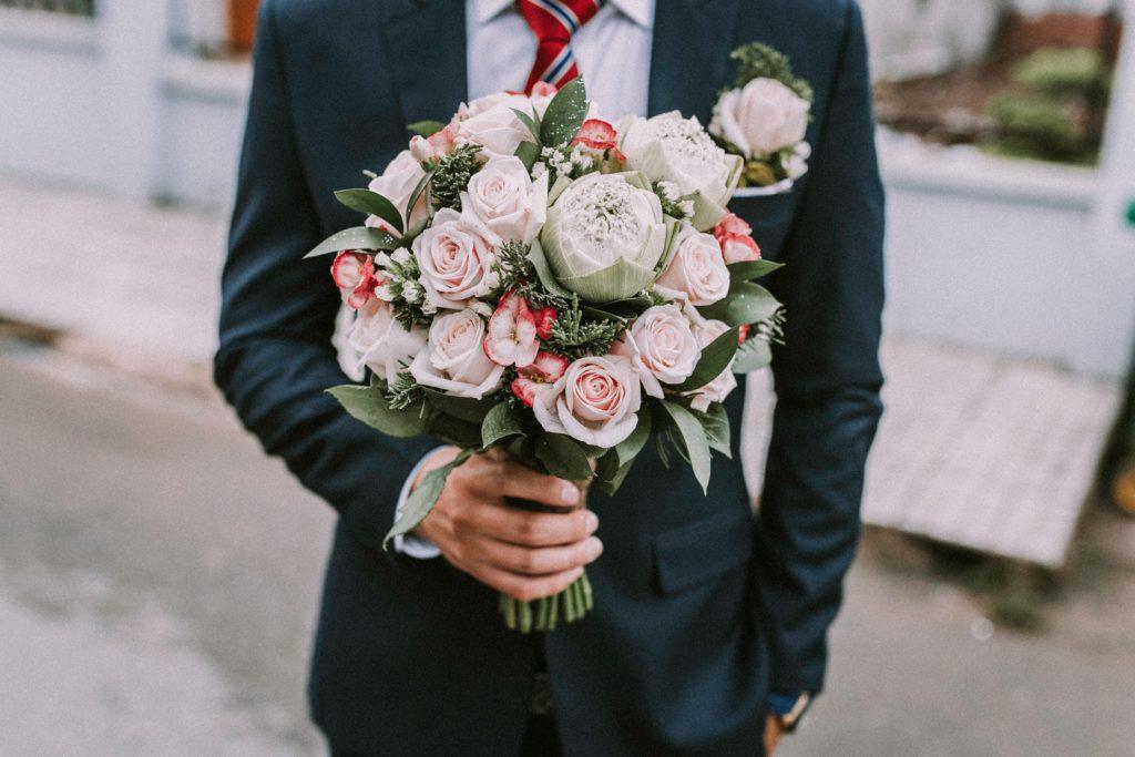bukiet ślubny, dekoracja kwiatowa, kwiaty na wesele, oprawa florystyczna