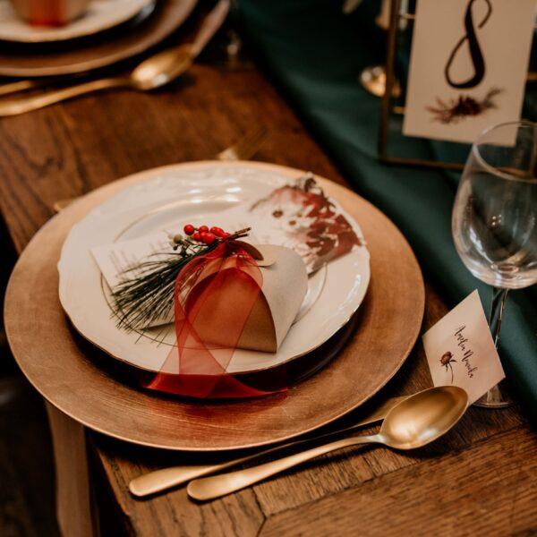 podtalerze, dekoracja stołu, miedziany, różowe złoto, dodatki weselne
