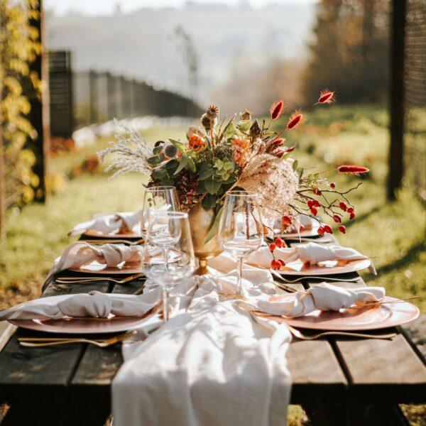 zastawa stołowa, wypożyczalnia dekoracji, talerze, kieliszki