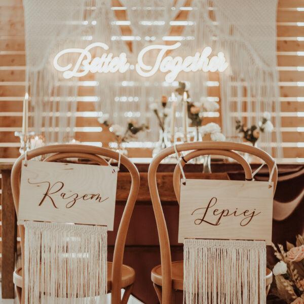 tabliczki na krzesła, razem lepiej better together